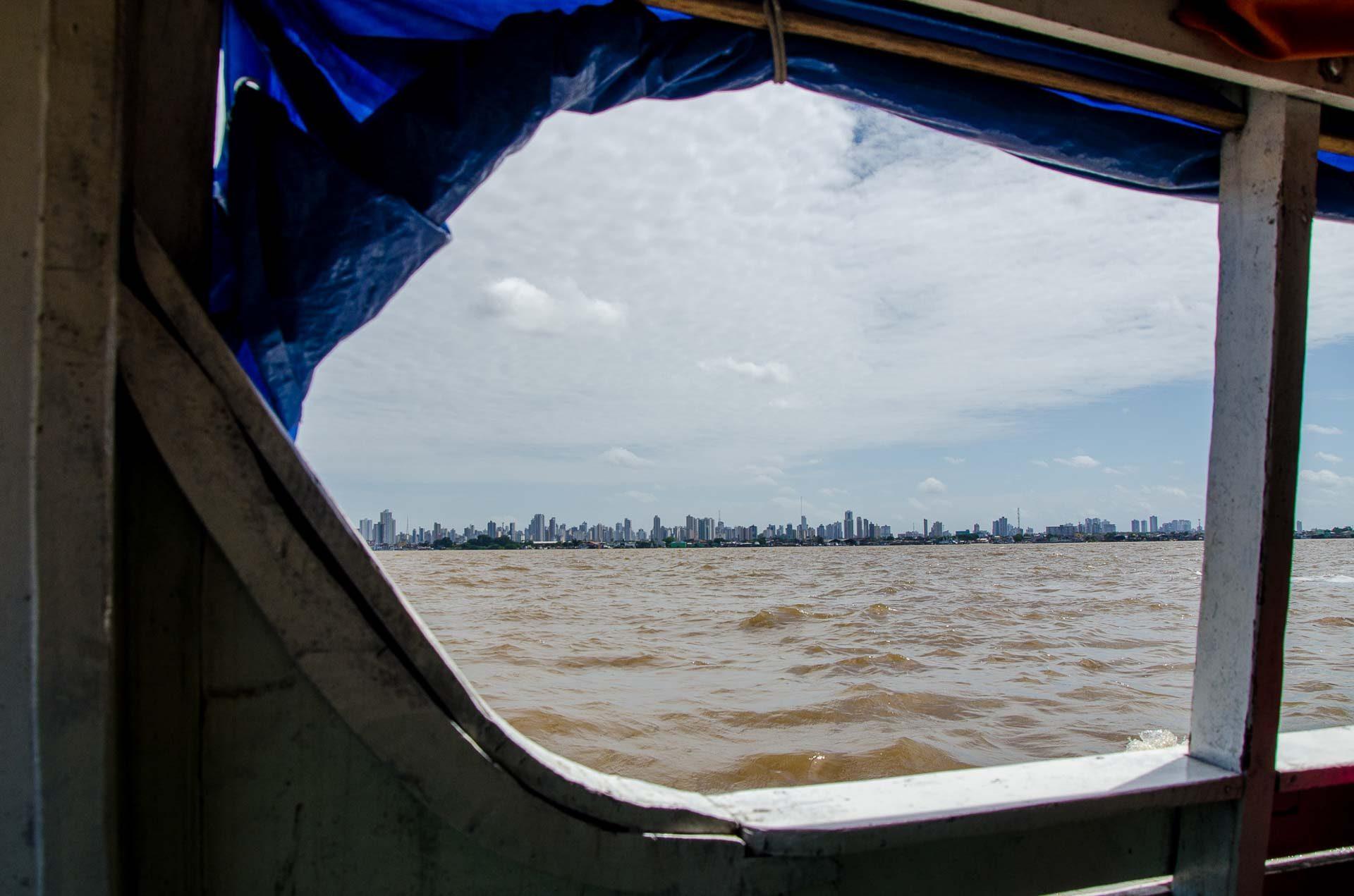Caminho de barco para Ilha do Combú - Belém