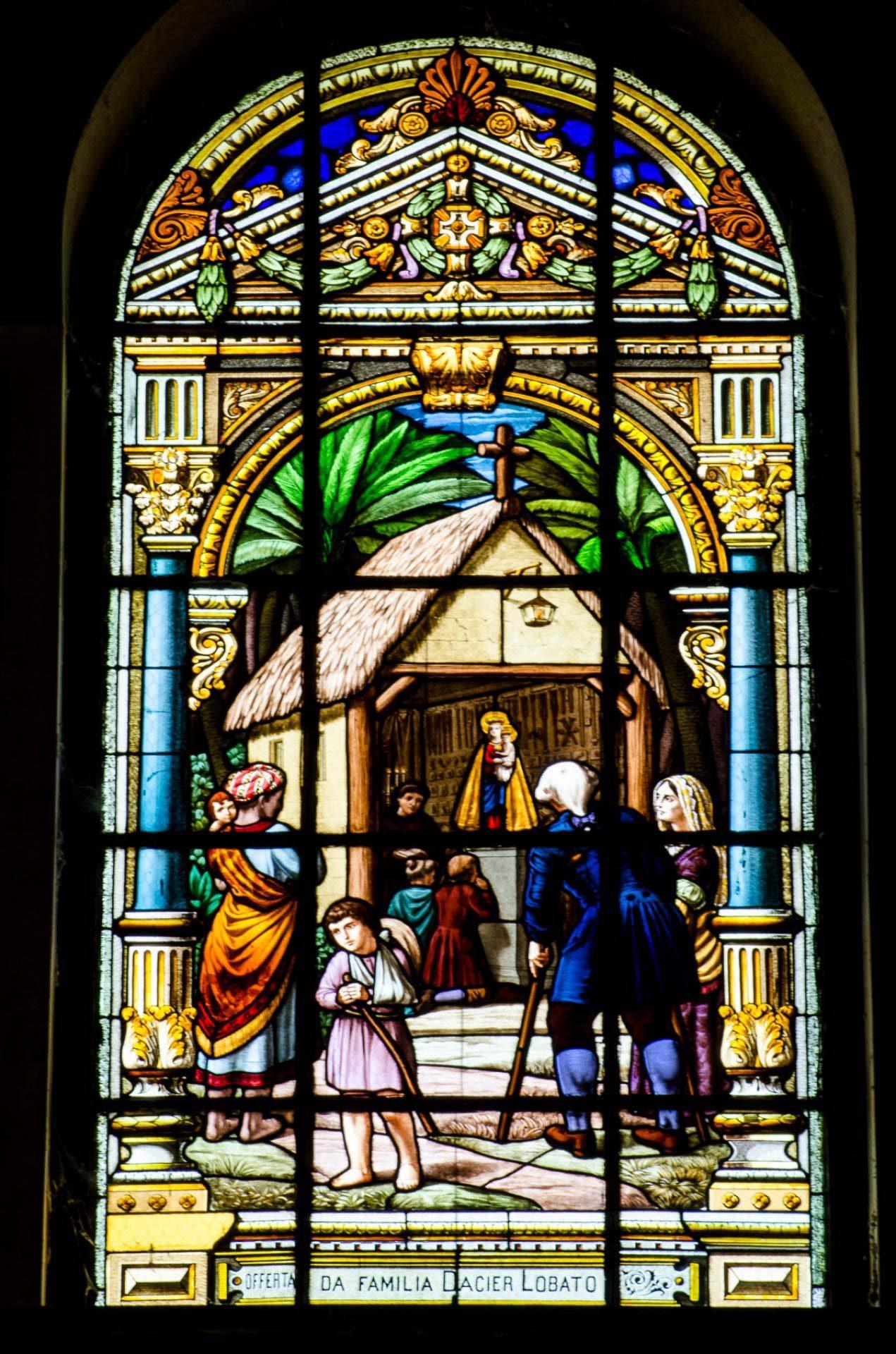 Primeira ermida de Nazaré - Vitrais da Basílica de Nazaré - B