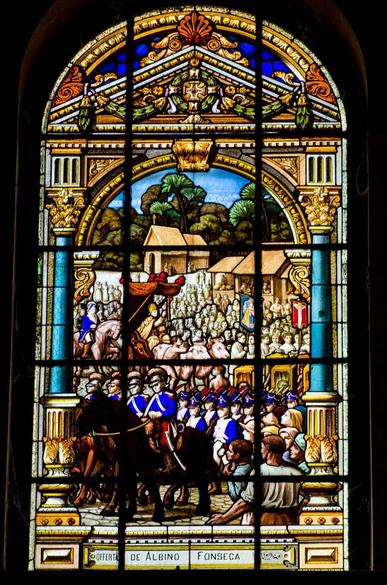 Primeiro Círio de Nazaré - Vitrais da Basílica de Nazaré - B