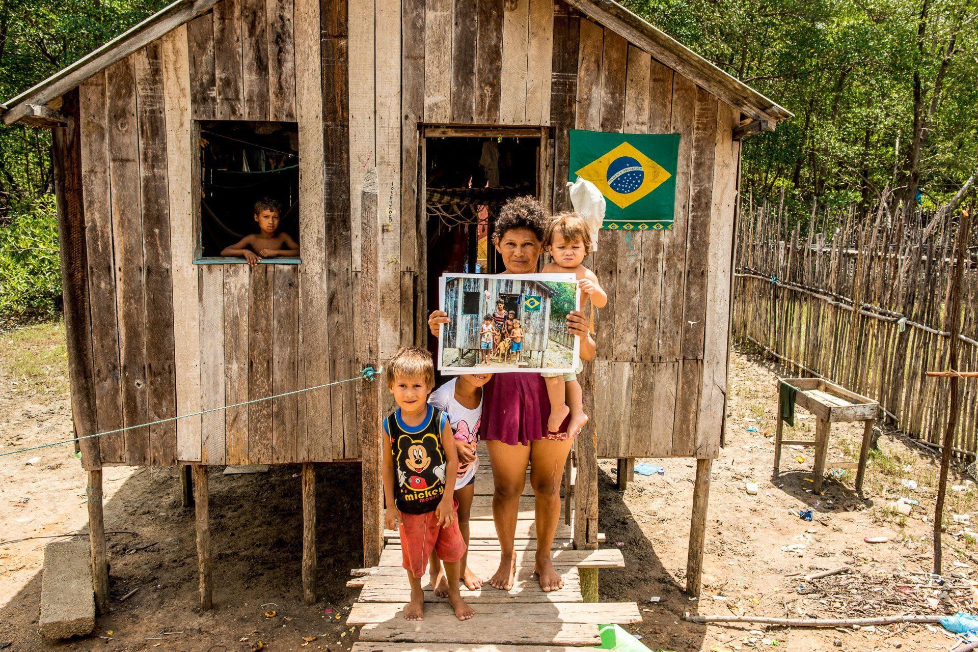 Entrega das fotos em Bragança - Pará