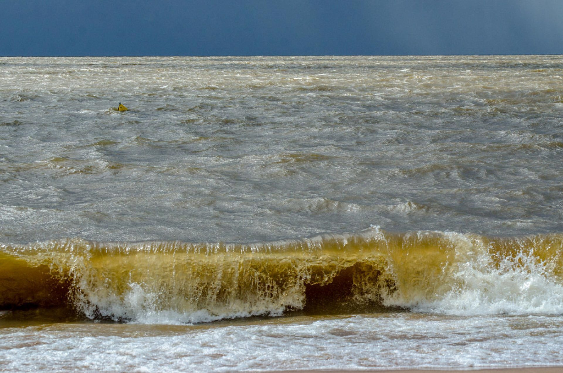 Em Mosqueiro temos o nosso rio que dá onda!