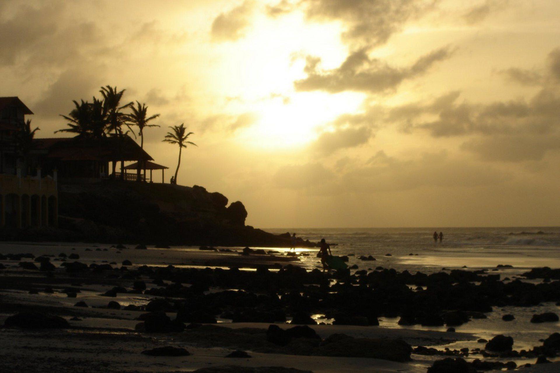 Praia do Atalaia - Salinas